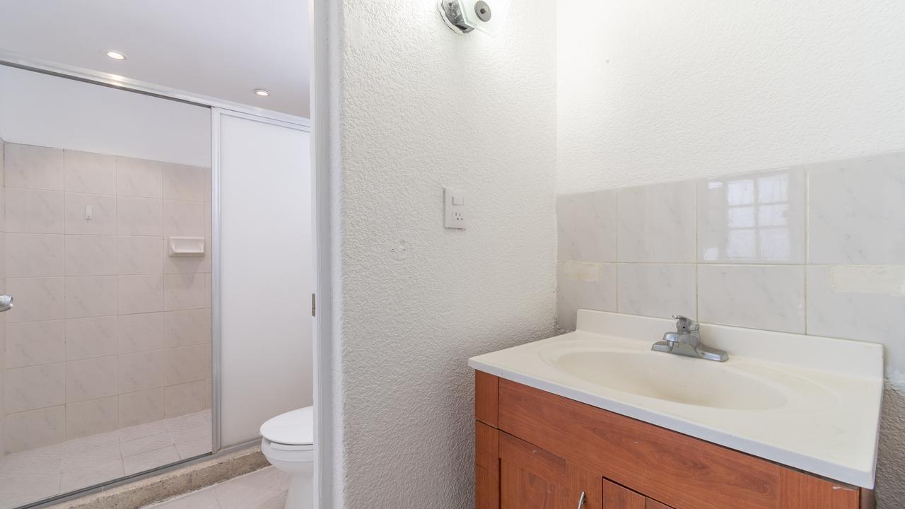 Imagen de baño en Nellie Campobello, San Pedro de los Pinos