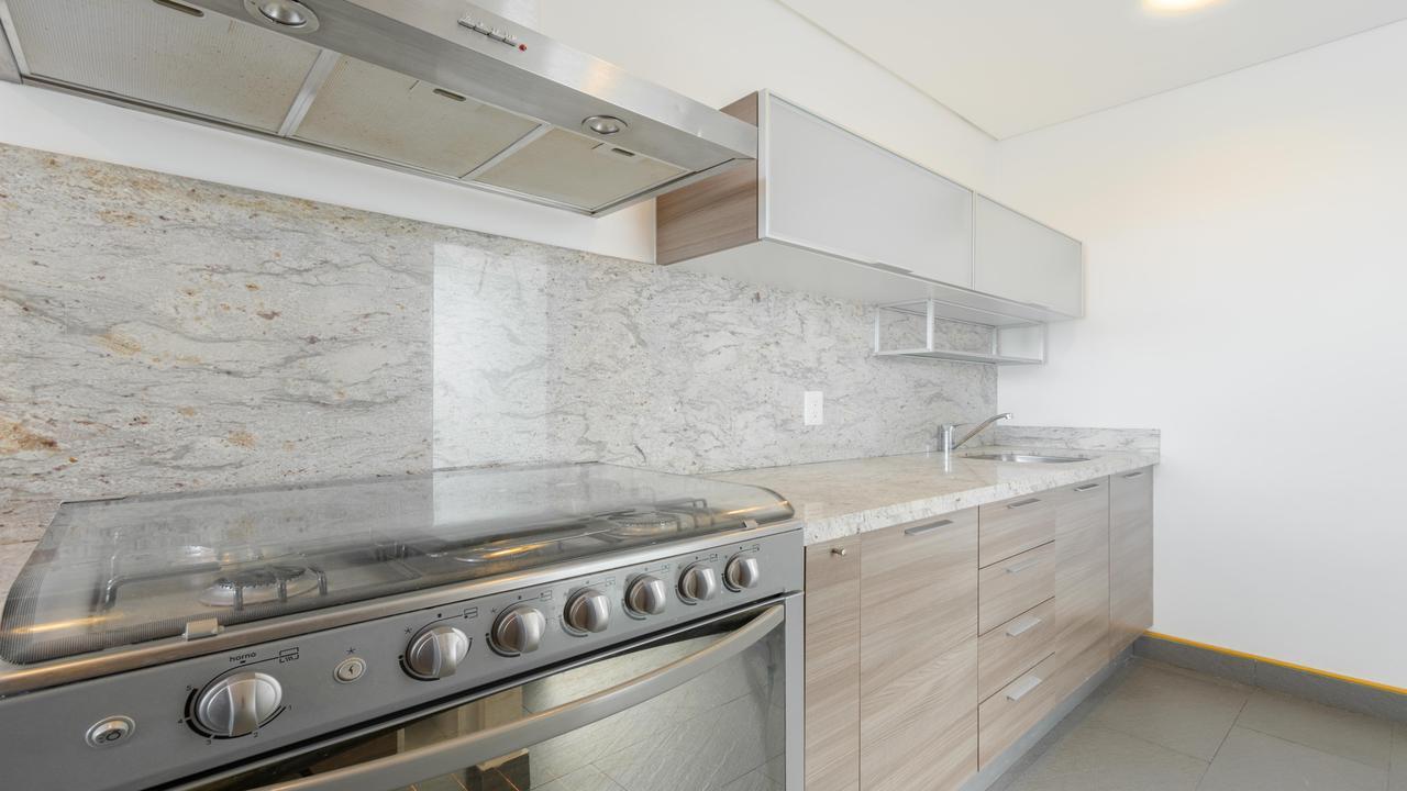 Imagen de cocina en Prolongación Centenario, Las Aguilas 1a Sección