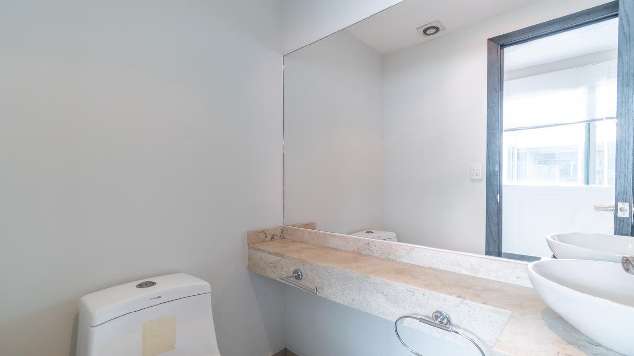 Imagen de baño en Fragonard, San Juan