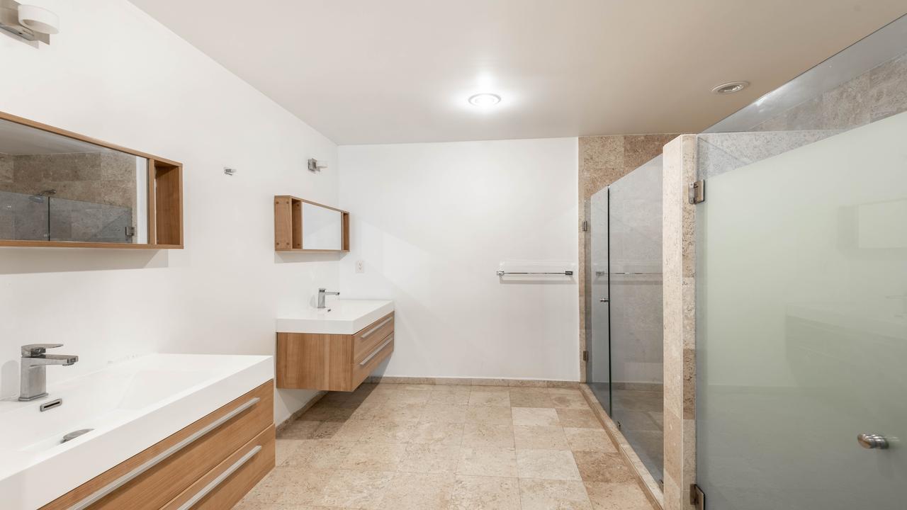 Imagen de baño en Calle La Morena, Del Valle Norte