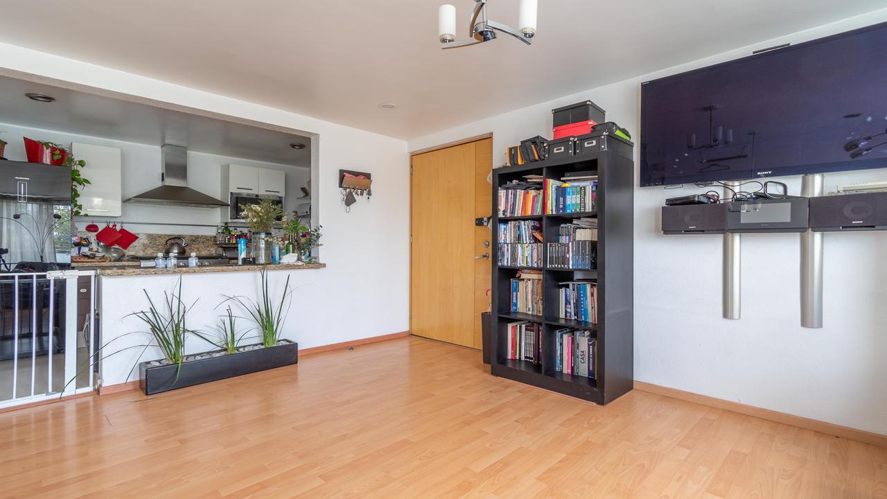 Imagen de salón en Anaxagoras, Piedad Narvarte