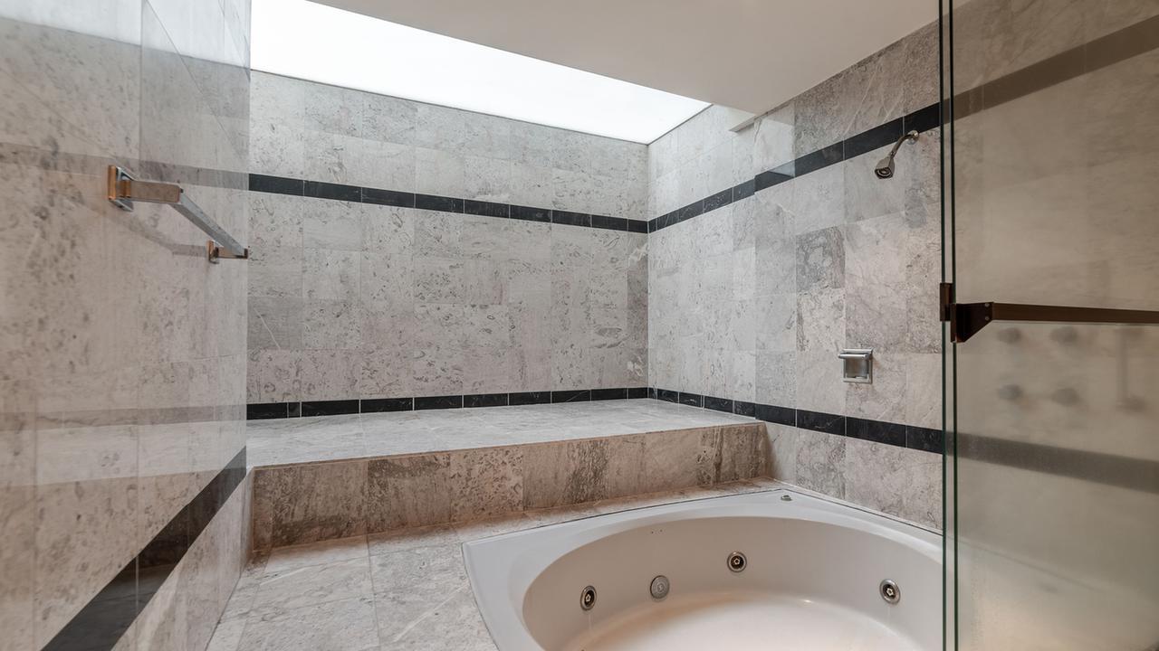 Imagen de baño en Prolongación Bosques de Reforma , Lomas de Vista Hermosa