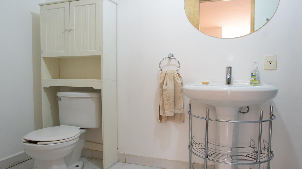 Imagen de baño en Salamanca, Roma Norte