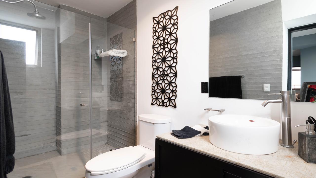 Imagen de baño en Miguel Saavedra, Ampliación Granada